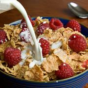un obicei american sanatos cereale cu lapte