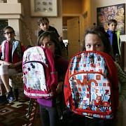 primaria ploiesti va acorda rechizite elevilor din primul an de scoala
