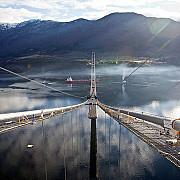 podul din nori a fost inaugurat in norvegia