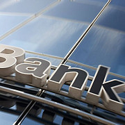 prahovenii victime ale unor abuzuri flagrante din partea bancilor