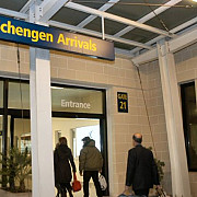cetatenii moldoveni cu viza schengen vor putea intra si in romania