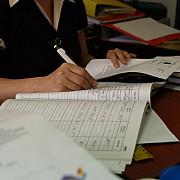 mai multe zile libere pentru bugetari in anul 2014