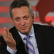 ministrul relu fenechiu a demisionat