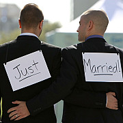 marea britanie legalizeaza casatoriile intre persoane de acelasi sex
