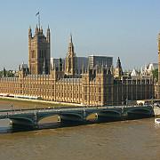 marea britanie asaltata de romani pentru obtinerea de ajutoare sociale