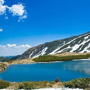 lacul lala mare cel mai mare lac glaciar din muntii rodnei
