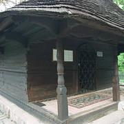 manastirea dintr-un lemn si icoana facatoare de minuni a maicii domnului