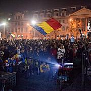 jandarmii vor sa legitimeze cateva mii de manifestanti anti-rosia montana