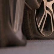 21 de masini ale unei firme de prospectiuni vandalizate la sibiu