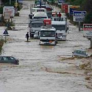 cel putin noua morti in urma inundatiilor din sardinia