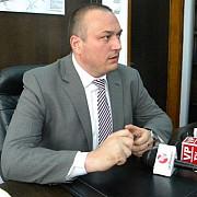primarul badescu reactie despre salariul lui mutu