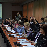 consilierii locali pdl s-au opus unei alei de acces la interex