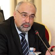 varujan vosganian a demisionat din functia de ministru al economiei