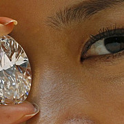 diamant alb de 30 de milioane de dolari