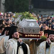sfanta parascheva face minuni in conturile mitropoliei moldovei