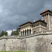 castelul cantacuzino din bustenio poveste cu printi si printese