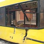 calatorii unui autobuz raniti de un suv