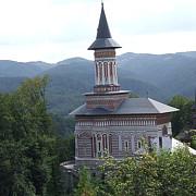 manastirea rohia coltul de rai unde steinhardt a scris jurnalul fericirii