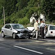 patru persoane ranite intr-un accident rutier in campina