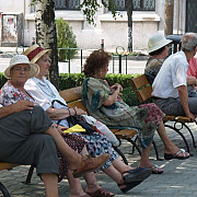 primaria premiaza cuplurile cu 50 de ani de casnicie