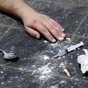 unul din 20 de adolescenti romani se drogheaza