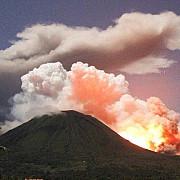 indonezia 6000 de persoane evacuate dupa eruptia unui vulcan