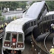 doua trenuri s-au ciocnit in gara din barcelona
