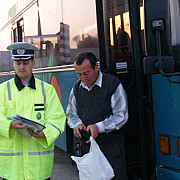 politia a controlat microbuzele scolare