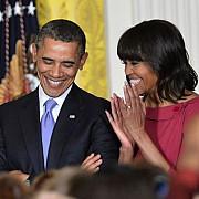 barack obama a renuntat la fumat de frica sotiei sale