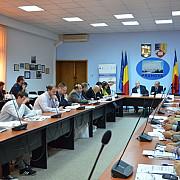 dialogul social si-a gasit consistenta la prefectura prahova