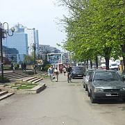 ploiestenii din centru isi cauta locuri de parcare