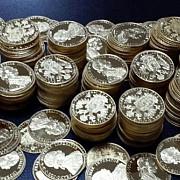 11 kg de monede din aur de 24 karate descoperite de politistii de frontiera