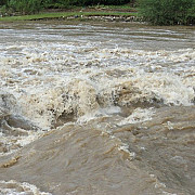 pericol de inundatii hidrologii au prelungit avertizarile