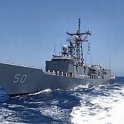 fregata americana uss taylor a intrat in marea neagra