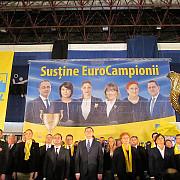 liberalii isi lanseaza oficial candidatii pentru europarlamentare la ploiesti