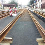 in sfarsit primele sine de tramvai vor fi montate in centrul ploiestiului