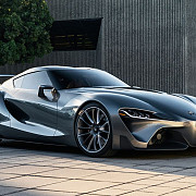 toyota ft-1 concept revine in prim-plan in argintiu