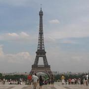 coloana oficiala a unui print saudit a fost atacata la paris si jefuita de 250000 de euro