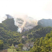 doua avioane de vanatoare au intrat in coliziune si s-au prabusit in italia