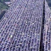 numarul automobilistilor din china a depasit 300 de milioane aproape cat populatia sua