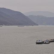32 de barje sunt blocate pe dunare la moldova veche