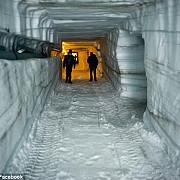 un tunel de gheata inedit construit in islanda