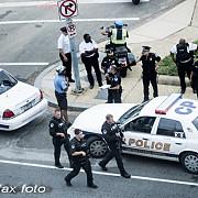 gaz pe foc inca un barbat de culoare neinarmat a fost ucis de un politist in sua