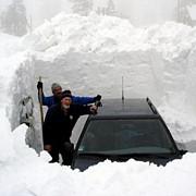 peste 15000 de vehicule blocate in alpii francezi din cauza zapezii