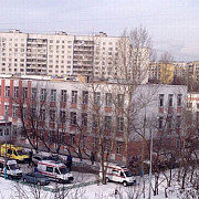 atentat armat la o scoala din moscova peste 24 de elevi luati ostatici