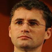 primarul din petrosani sotul monicai iacob-ridzi a demisionat din functiile din pdl