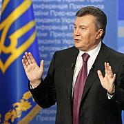 presedintele ucrainei face pasul inapoi la presiunea strazii