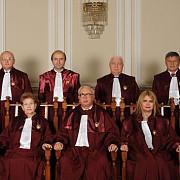ccr a identificat 25 de articole neconstitutionale in proiectul de modificare a legii fundamentale