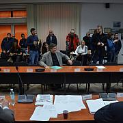 fani ai echipei petrolul au asistat la sedinta consiliului local