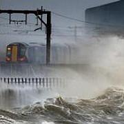 inundatii in vestul marii britanii si in scotia